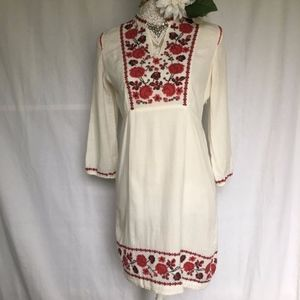 Lucky Brand / White Embroidery Popover Shift Dress